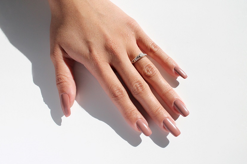 Why do acrylic nails hurt the first day | Healthy Food ...